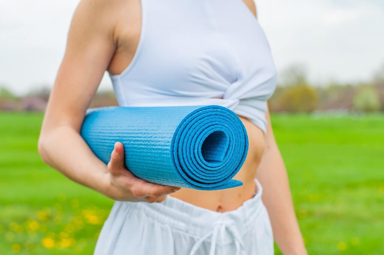 How to Clean Lululemon Yoga Mat